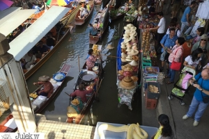 Combine Tour Floating Market & Ayutthaya